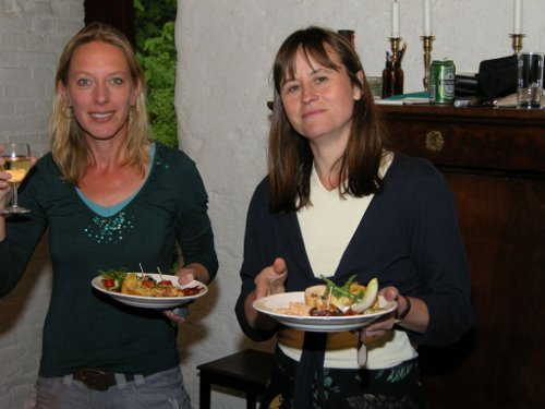 Annelies and Babette get stuck into the food