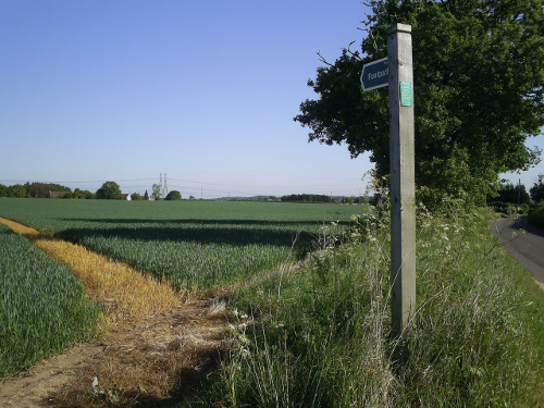 Blaxhall, Suffolk - Footpath across the fields to Snape